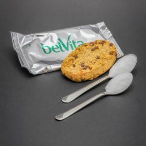 1 biscuit Belvita petit déjeuner contient 2 cuil. à café de sucre