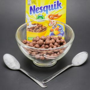 30g de céréales Nesquik sans lait contiennent 1,5 cuil. à café de sucre