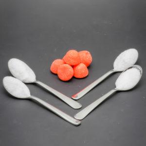 6 fraises tagada contiennent 3,5 cuil. à café de sucre