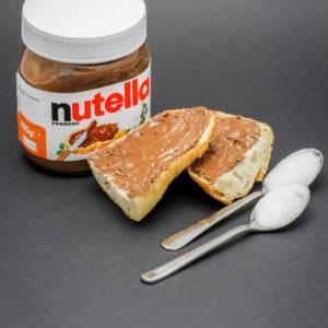 16,6g de Nutella sur 2 tartines contiennent 2 cuillères à café de sucre