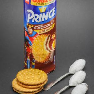 2 biscuits Prince de Lu contiennent 2,6 cuil. à café de sucre