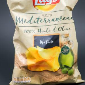 1 sachet de chips méditerranéenne Lay's de 130g contient 2,8 dosettes de sel soit 2,21g