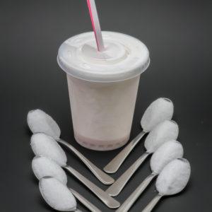 1 Milkshake fraise Quick contient 7,5 cuil. à café de sucre soit 37,4g