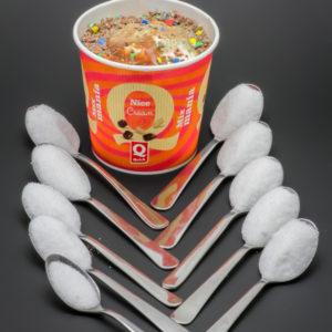 1 Mix Mania M&M's choco de Quick contient 9,2 cuil. à café de sucre soit 46g