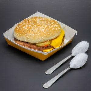 1 Royal Cheese McDonald's contient 1,9 cuil. à café de sucre soit 9,5g
