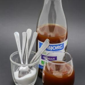 25cl de jus de pruneaux Bjorg contiennent 7 cuil. à café de sucre soit 35g