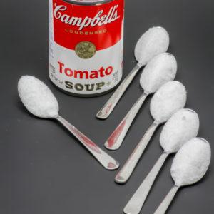 1 boite de Tomato Soup Campbell's contient 6,1 cuil. à café de sucre soit 30,5g