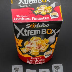 1 XtremBox lardons raclette Sodebo contient 4 dosettes de sel soit 3,2g