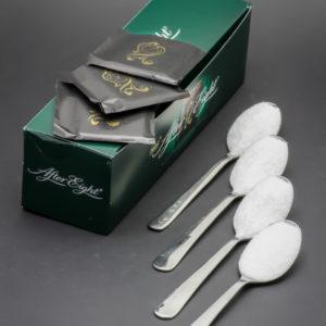 3 After Eight de Nestlé contiennent 3,45 cuil. à café de sucre soit 17,25g