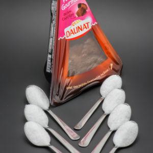 1 part de fondant gourmand au chocolat Daunat contient 6,3 cuil. à café de sucre soit 31,3g