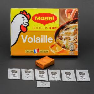 1 bouillon Kub de volaille Maggi contient 6,5 dosettes de sel soit 5,2g