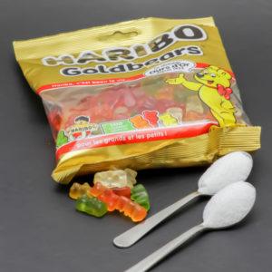 9 Goldbears de Haribo contiennent 2 cuil. à café de sucre soit 10g