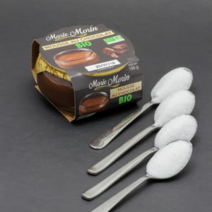 1 mousse au chocolat bio Marie Morin contient 3,6 cuil. à café de sucre soit 18g