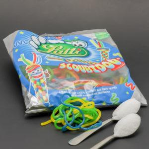 3 Scoubidou de Lutti contiennent 2 cuil. à café de sucre soit 10g