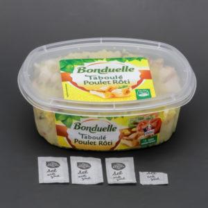 1 barquette de 300g de taboulé au poulet rôti Bonduelle contient 3,4 dosettes de sel soit 2,7g