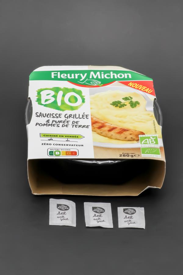 1 barquette de saucisse grillée purée Fleury Michon contient 2,75 dosettes de sel soit 2,2g